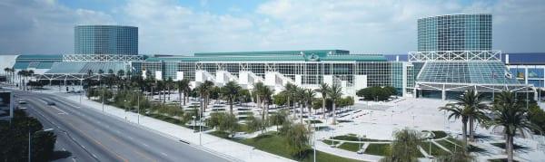 LA-Convention-Center---new-building-(Los-Angeles,-CA)-