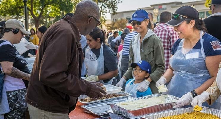 Pasadena CC's Centerplate Team Fed 1,000+ on Thanksgiving
