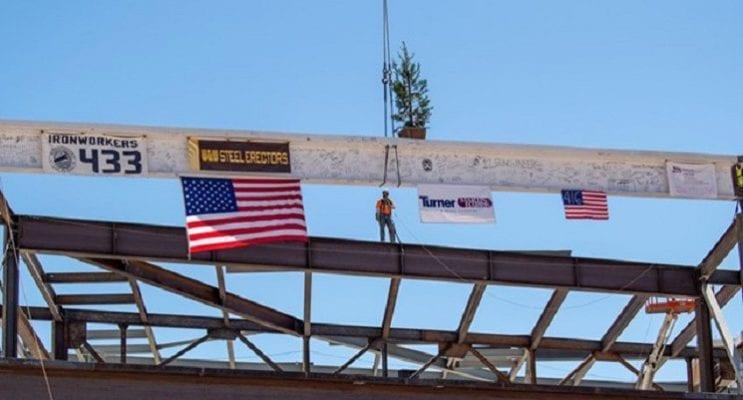 Las Vegas CC Marks Construction Milestone