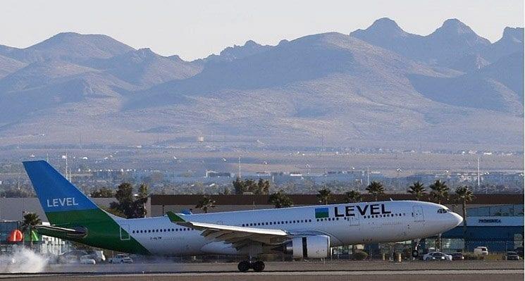 Las Vegas Welcomes Inaugural Flight from Paris